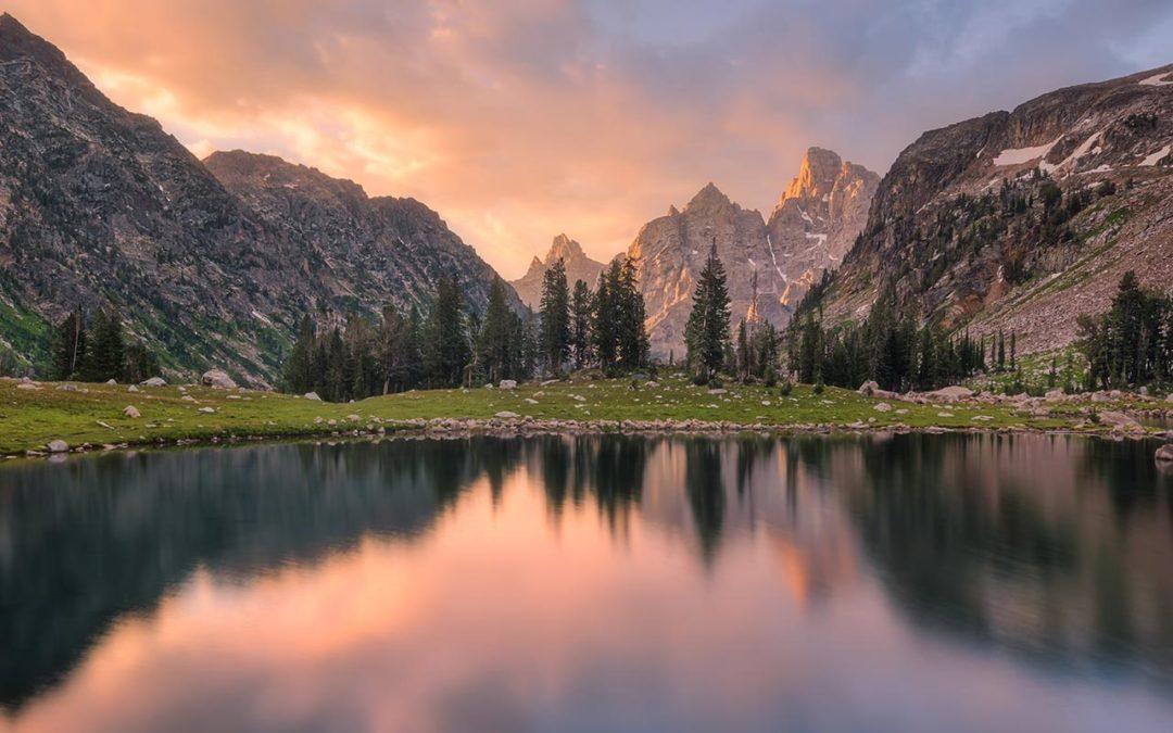 Teton Crest Trail, Day 4 – Sunrise at Lake Solitude