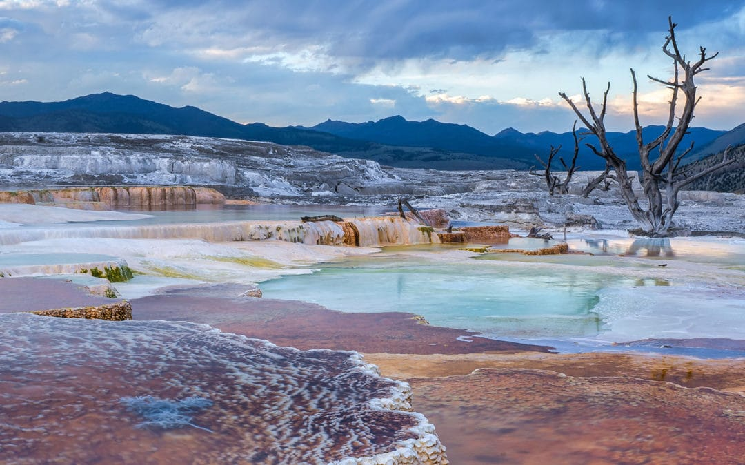 Mammoth Hot Springs: Roaming Around Historic Yellowstone Fort